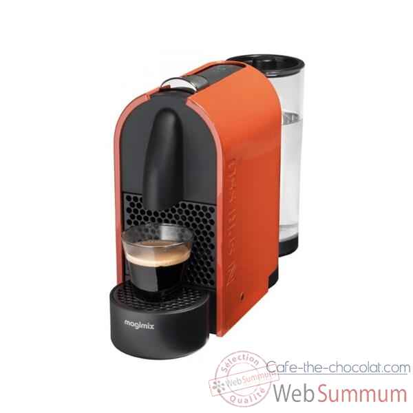 magimix nespresso orange noir 39 39 u 39 39 cuisine 10060 dans machine caf. Black Bedroom Furniture Sets. Home Design Ideas